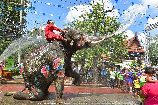 Lễ hội té nước Songkran
