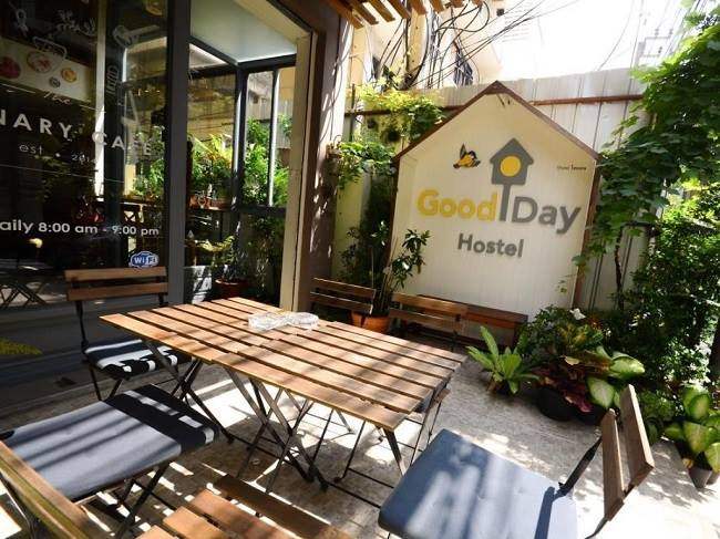 Good Day Hostel ở Pratunam
