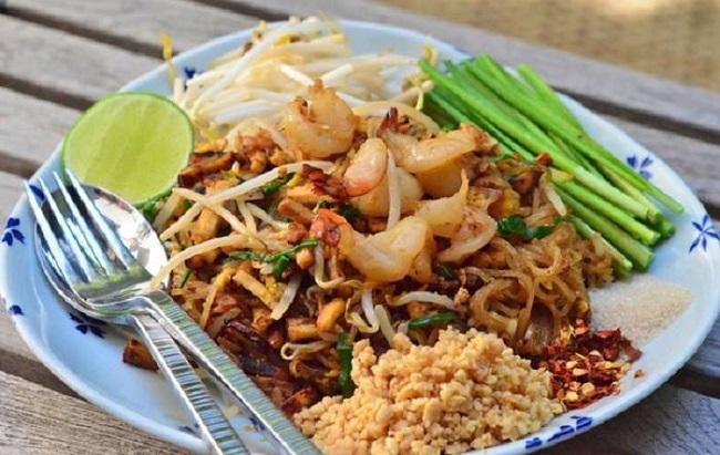 Món mì gạo xào truyền thống Pad Thái