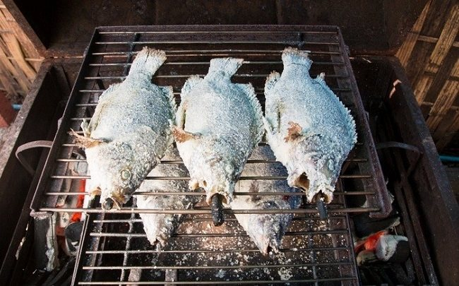 Cá nướng muối Thái Lan