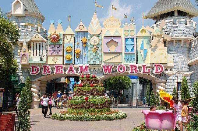 Dream World-công viên vui chơi giải trí tràn ngập sắc màu sặc sỡ